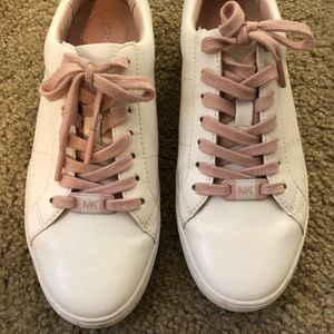 Michael Kors White & Pink Sneaker US6.5 / 95%new
